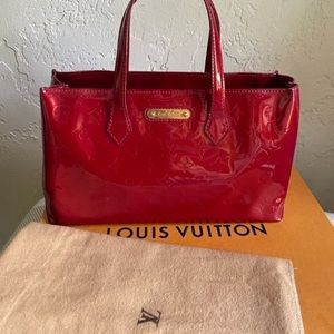 Louis Vuitton Vernis Red Wilshire PM